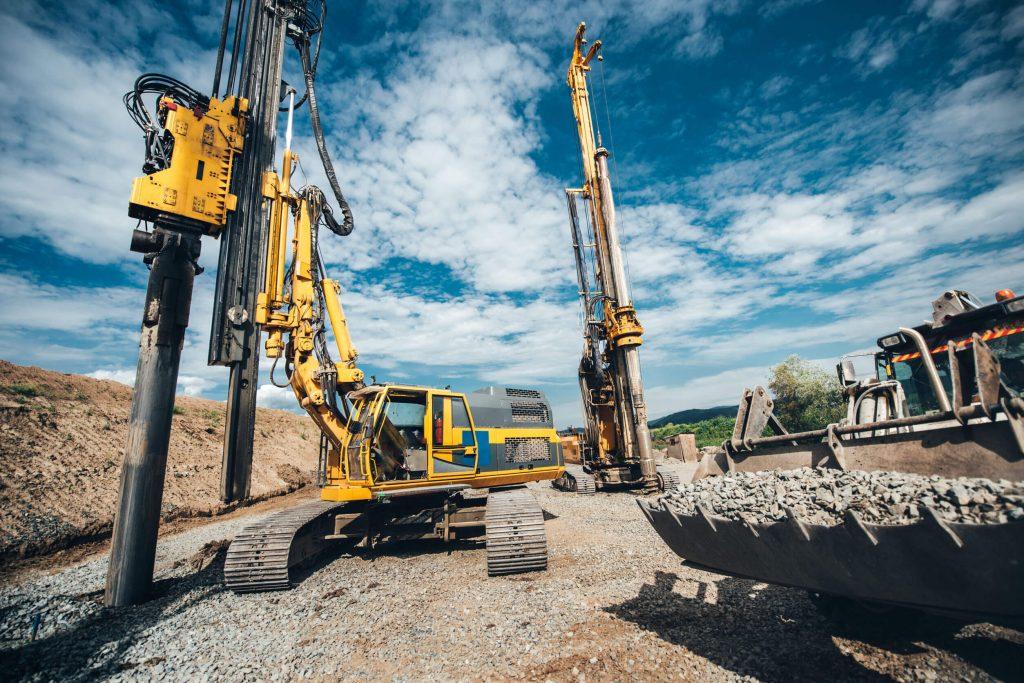 עבודות עפר ופיתוח אמצ שמש